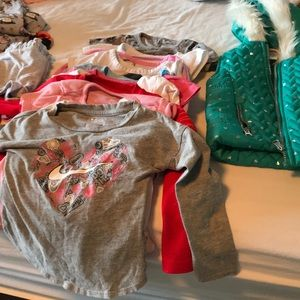 Lot of 2t-3t girls clothes